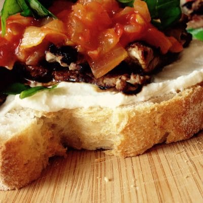 beef bruschetta goat cheese appetizer soofoodies