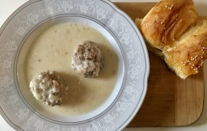 soofoodies meatballs in white sauce main dish